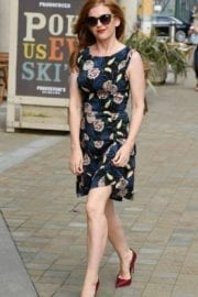 actress-isla-fisher-manchester-003