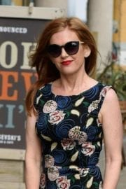 actress-isla-fisher-manchester-009