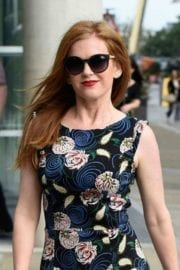 actress-isla-fisher-manchester-014