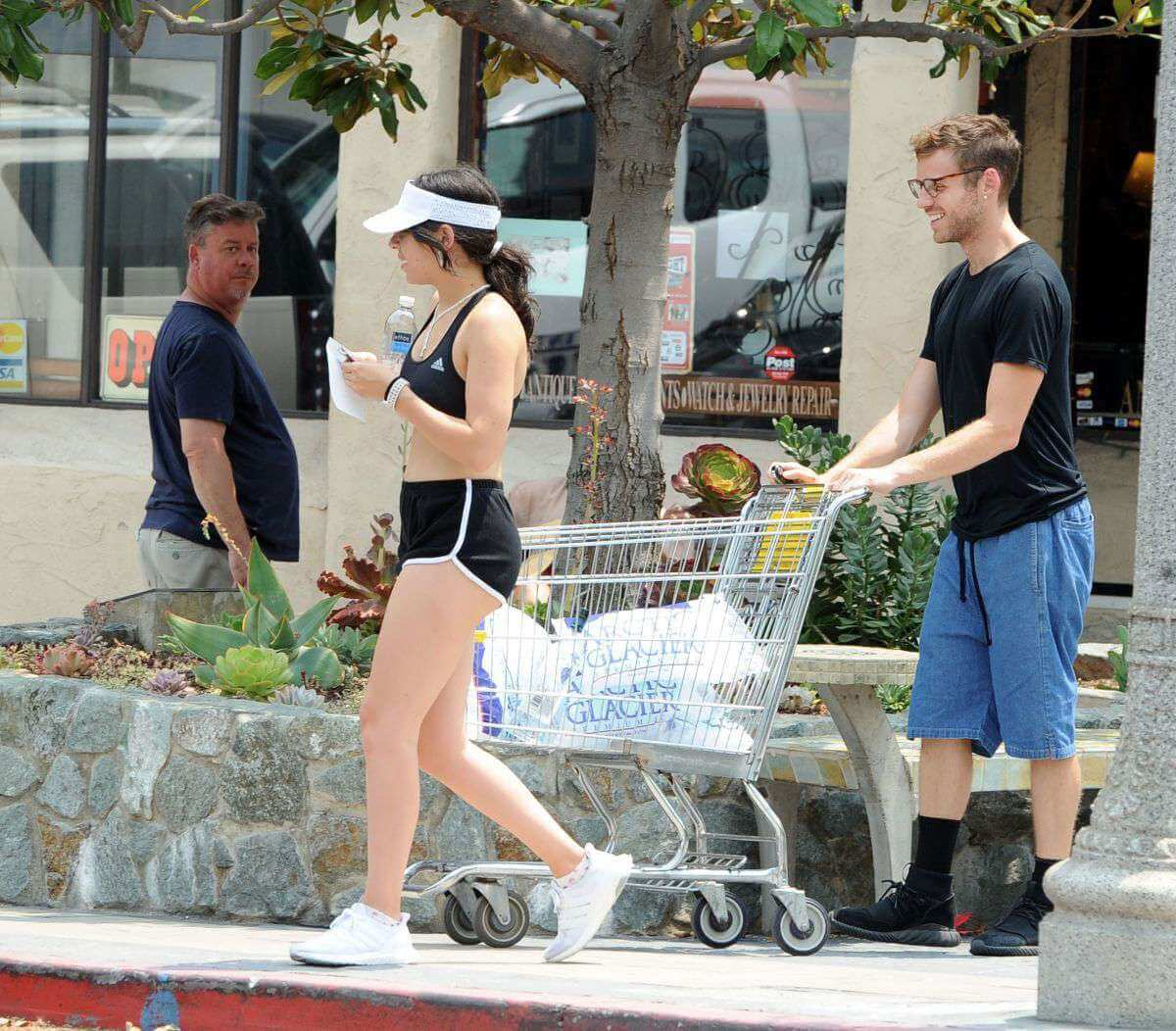 Charli XCX In Tank Top And Shorts Out In Los Angeles 2