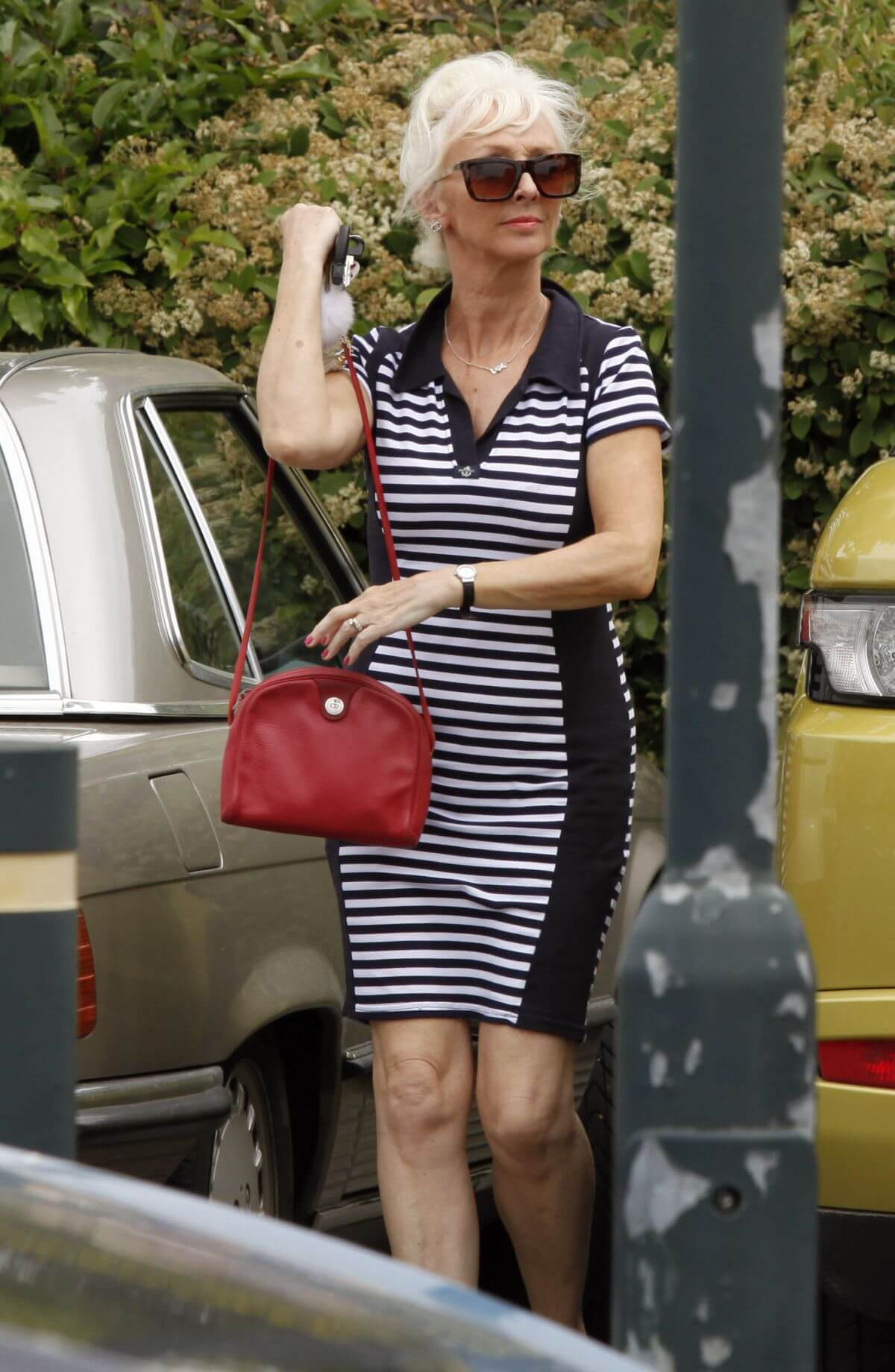 Debbie Mcgee Leaves A Veterinary Clinic In London 7