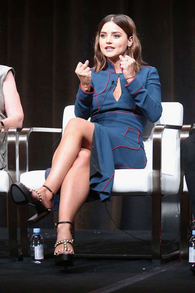 jenna-louise-coleman-victoria-panel-beverly-hills-005