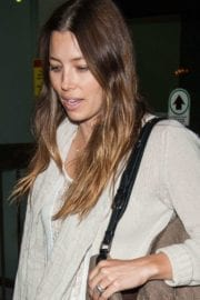 jessica-biel-lax-airport-los-angeles-009