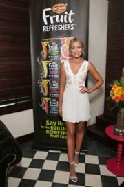 katrina-bowden-del-monte-fruit-refreshers-launch-004