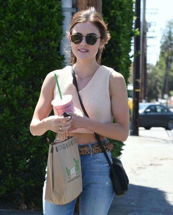 lucy-hale-picking-lunch-kreation-los-angeles-009