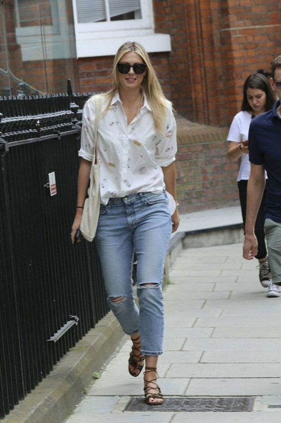 Maria Sharapova Out and About in London – 22 July, 2016 10
