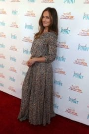 minka-kelly-raising-bar-end-parkinsons-event-studio-city-009