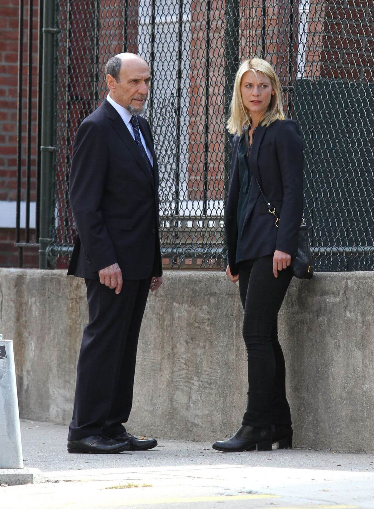"""Claire Danes Stills on the set of """"Homeland"""" in Greenpoint Brooklyn"""