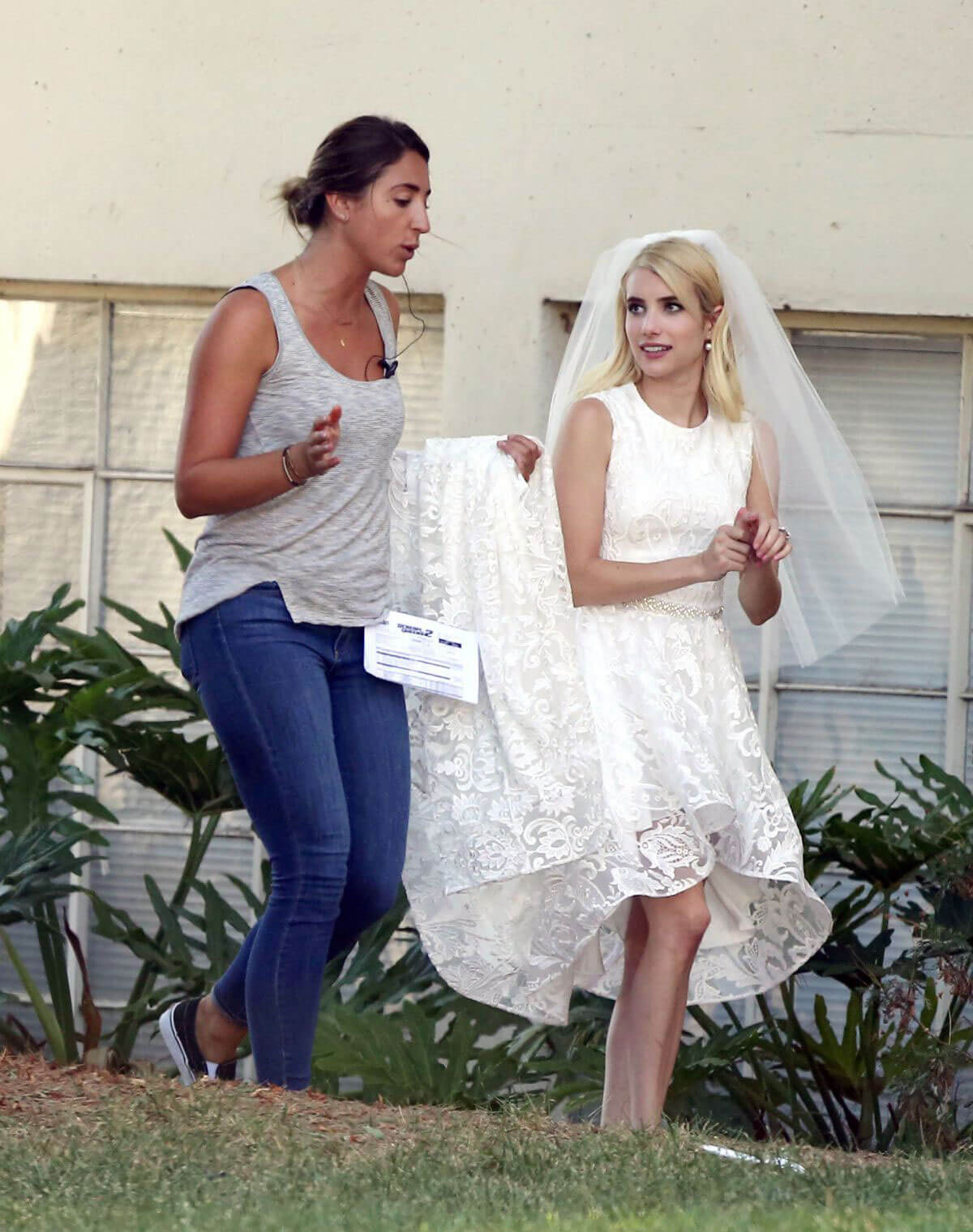 Emma Roberts on the Set of Scream Queens in Los Angeles - 15/09/2016