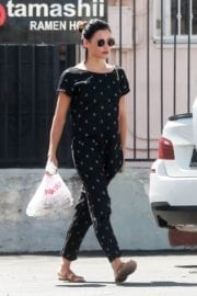 Jenna Dewan Stills Out for Lunch at Jumpin' Java in Studio City