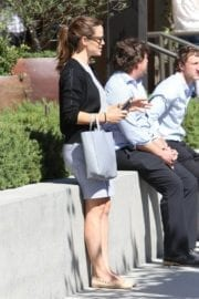 Jennifer Garner Stills Out and About in Brentwood