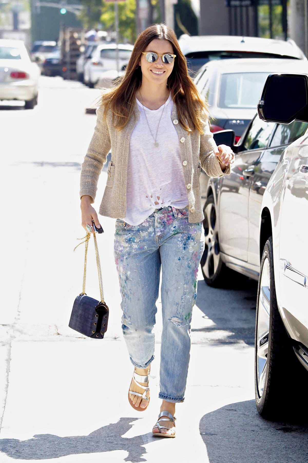 Jessica Biel Out and About in Beverly Hills - 15/09/2016