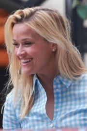 Reese Witherspoon Out for Lunch in Los Angeles