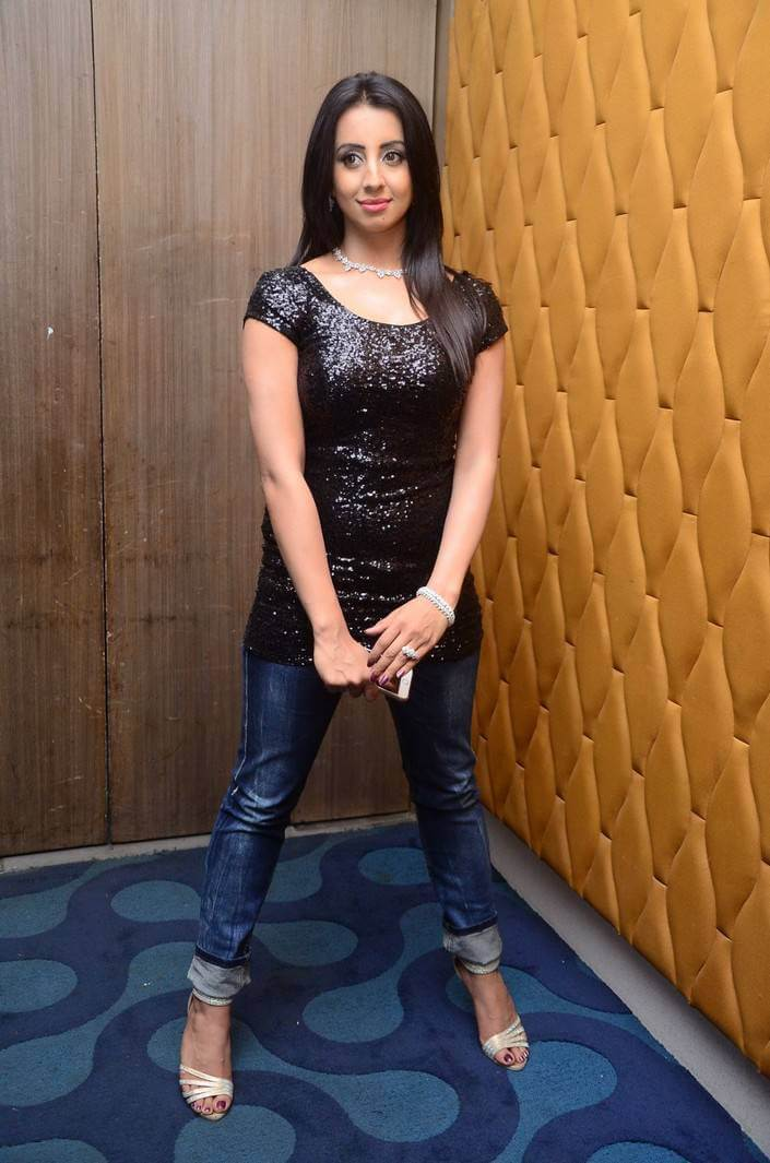 Sanjjanaa Galrani at Tollywood Thunders Franchise Launch