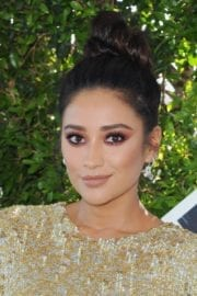 Shay Mitchell at Teen Choice Awards 2016 in Inglewood