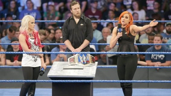WWE SmackDown Live : Becky Lynch and Alexa Bliss - 20/09/2016