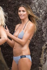 Heidi Klum Stills in Bikini on the Set of a Photoshoot