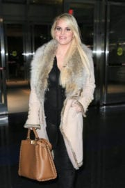 Jessica Simpson Stills Out and About in New York City