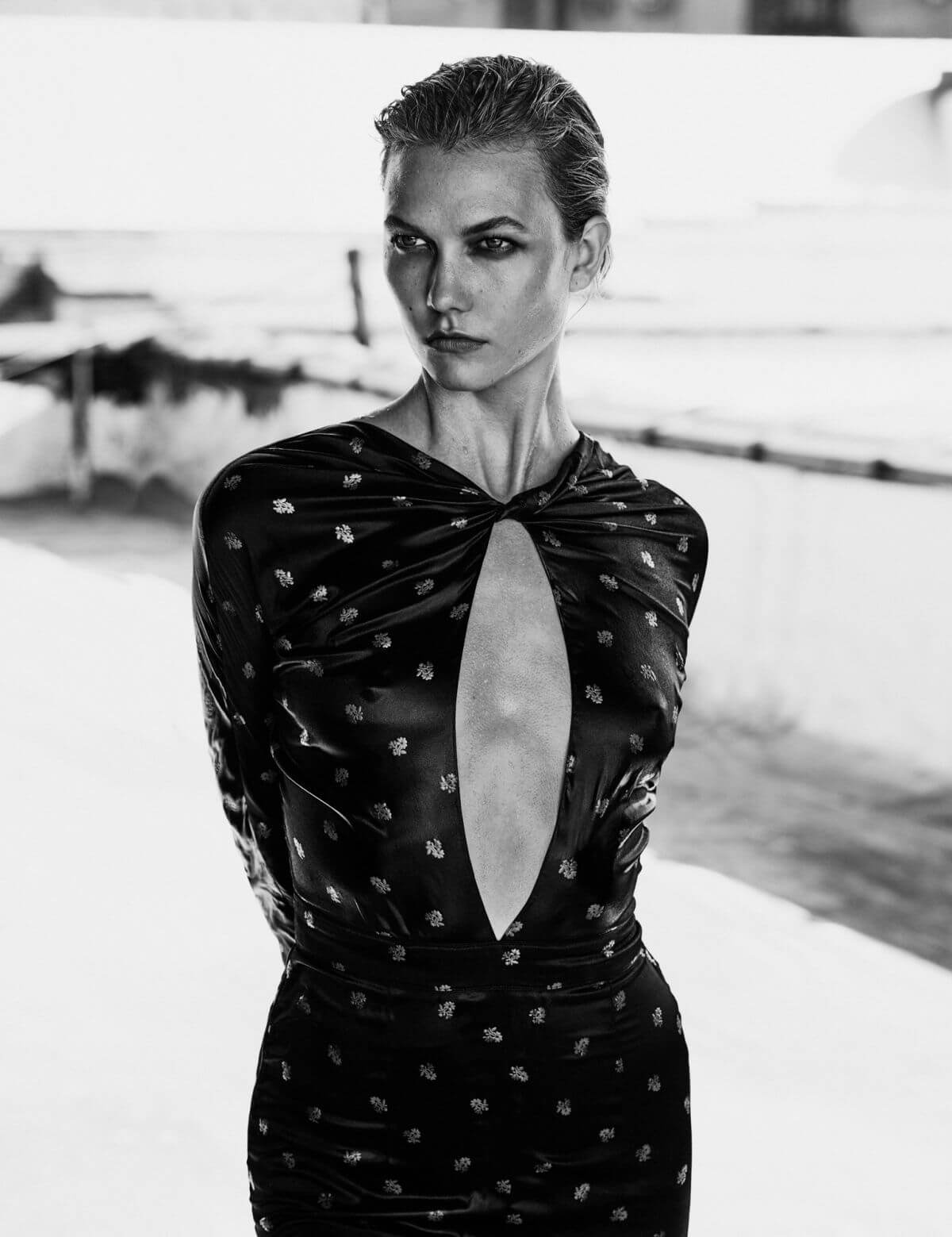 Karlie Kloss Hot Covers Vogue Mexico October 2016 Issue