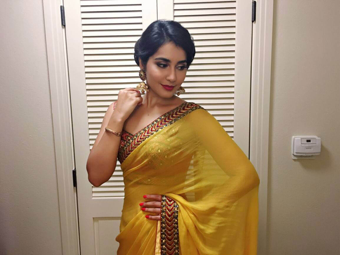 Raashi Khanna Photoshoot in Yellow Saree Photos