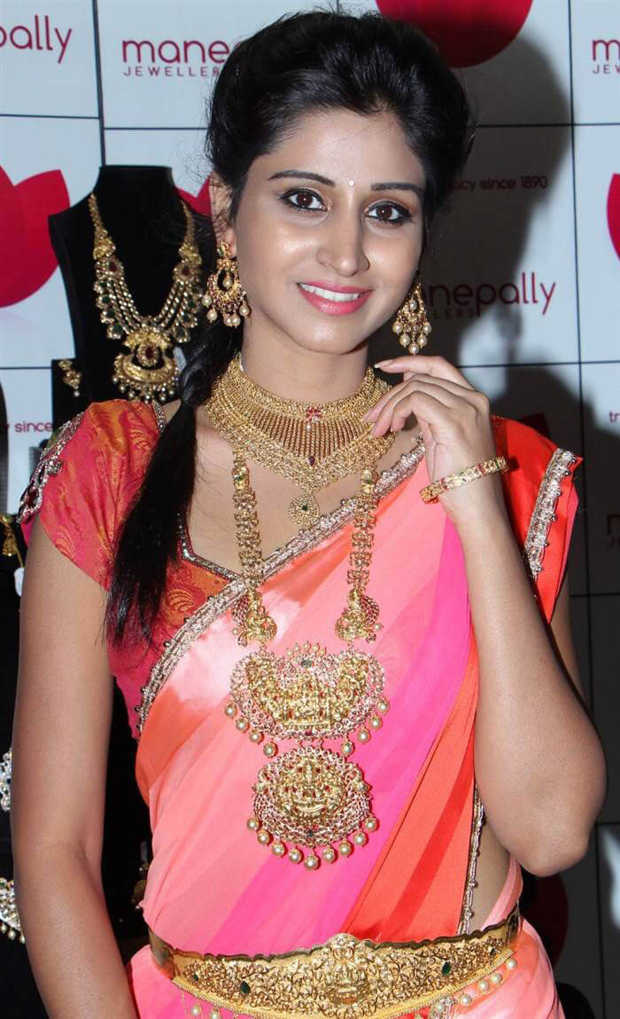Shamili Images at Manepally Jewellers Dhanteras Collection 2016