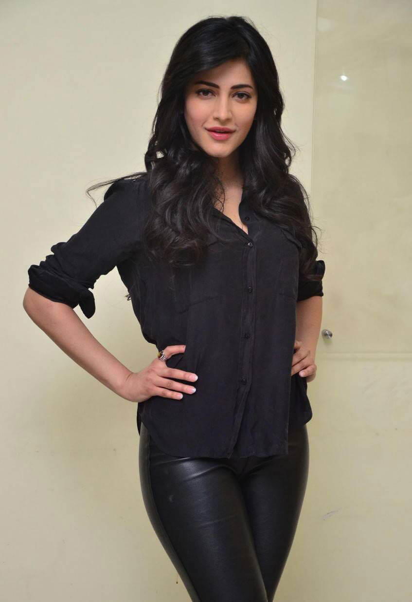 Shruti Haasan at Premam Movie Interview Photos