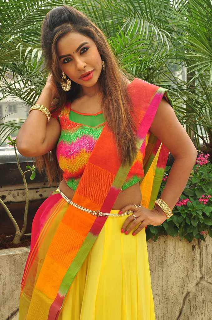 Srilekha Reddy Hot Photoshoot in Yellow Half Saree