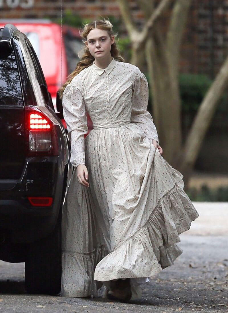 Elle Fanning Stills Images on The Set of 'The Beguiled' in New Orleans