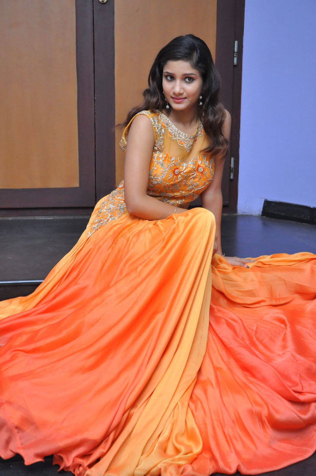 Aarthi at Plus One Movie Audio Launch