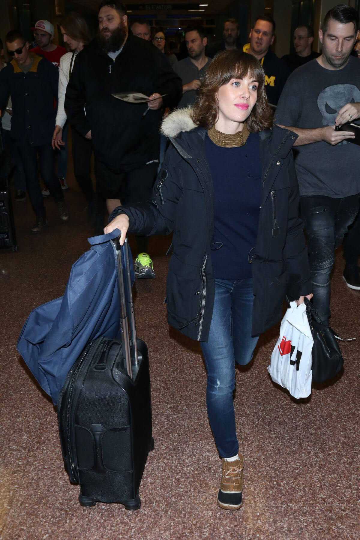 Alison Brie at Airport in Salt Lake City