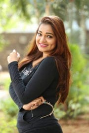 Ashwini at Ameerpet Lo Movie Interview