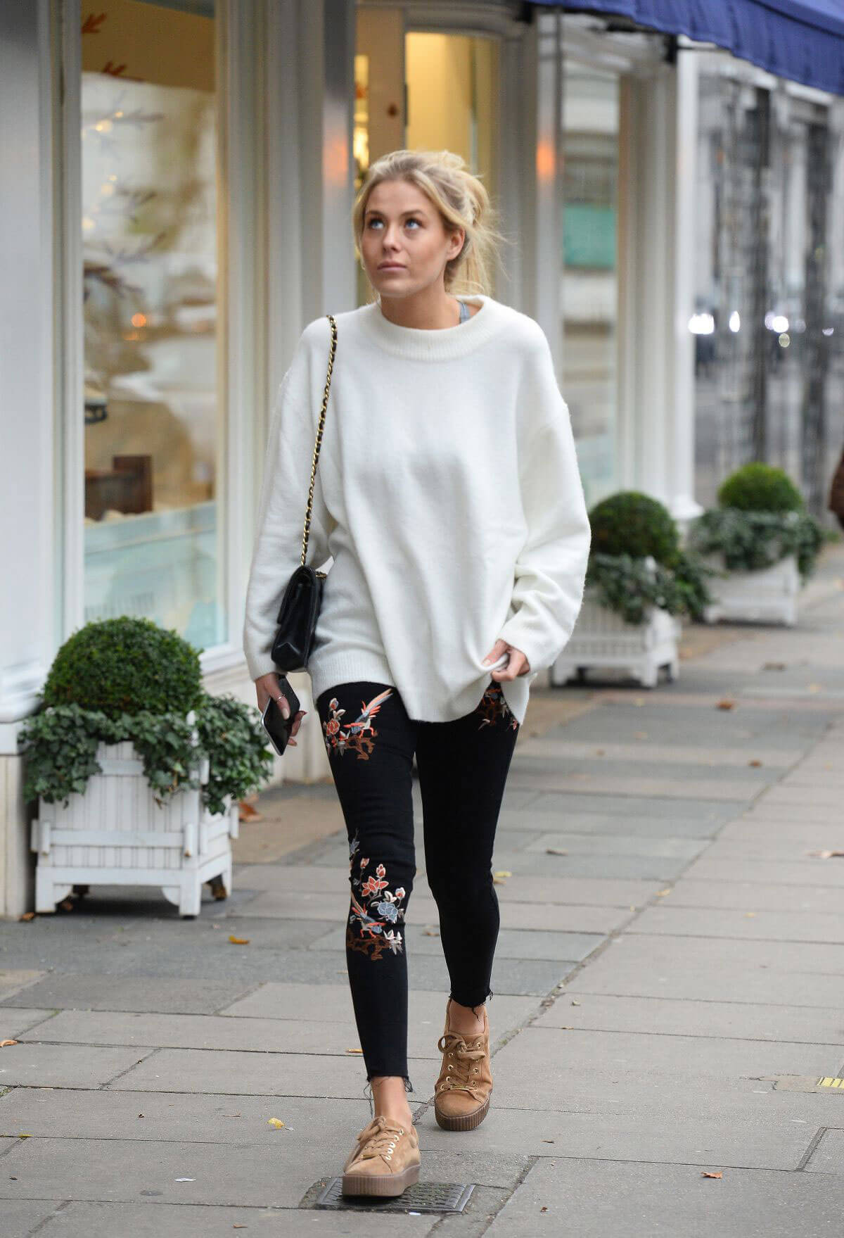 Frankie Gaff Out For Shopping in Chelsea