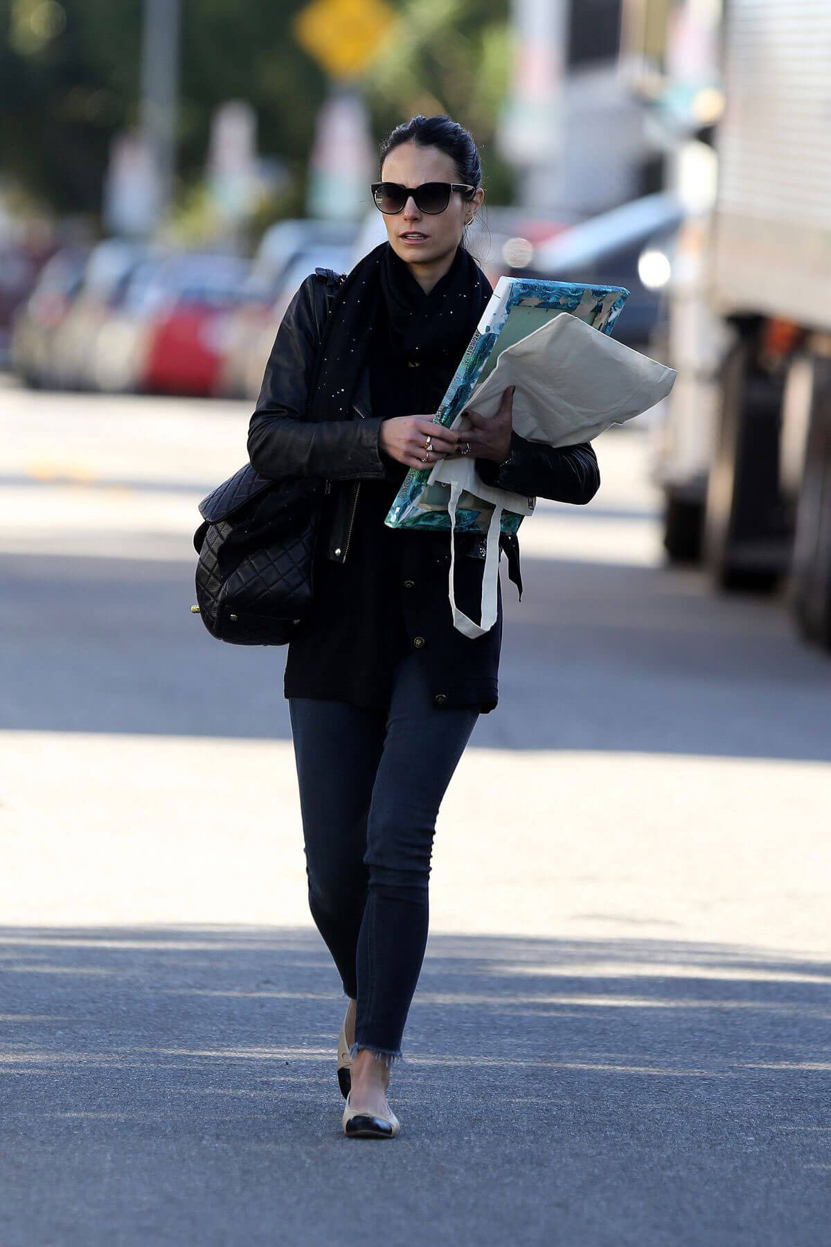 Jordana Brewster Stills Out and About in Hollywood Images