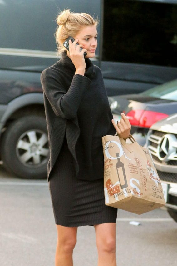 Kelly Rohrbach Shopping at Bristol Farms in Beverly Hills