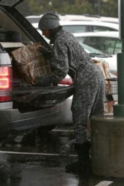 Kelly Rowland Out For Grocery Shopping in Beverly Hills