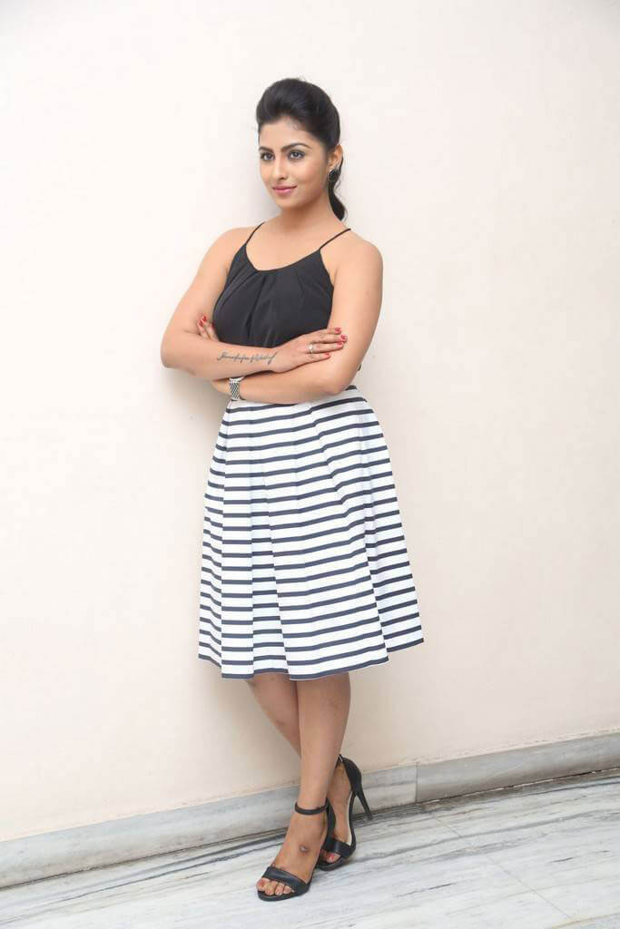 Kruthika at Intlo Deyyam Nakem Bhayam Success Meet