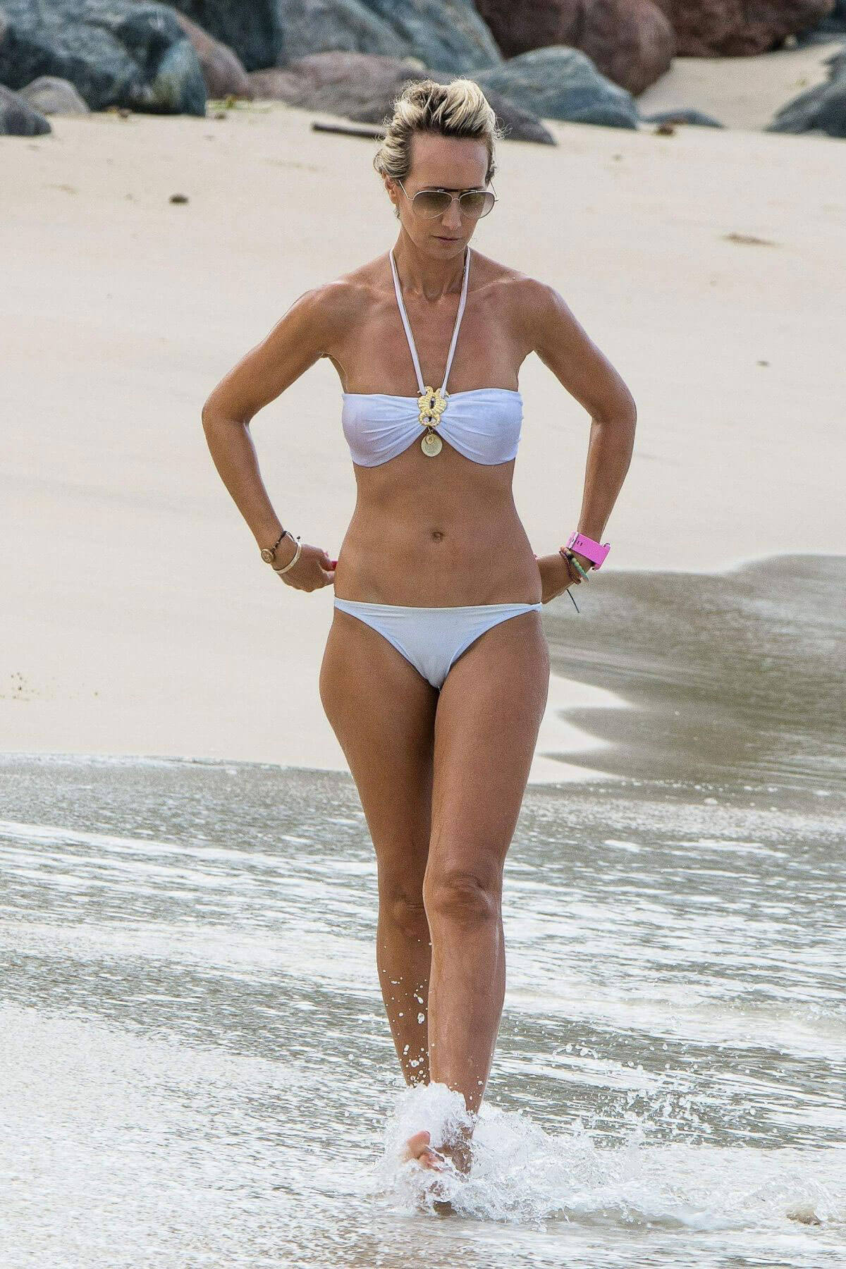 Lady Victoria Hervey in Bikini Boat Party in Barbados Pic 6 of 35
