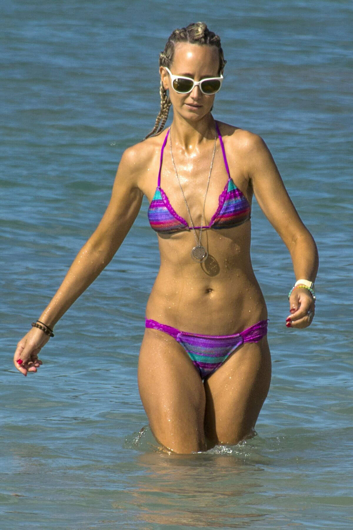 Lady Victoria Hervey Stills in Bikini on the Beach in Barbados Photos