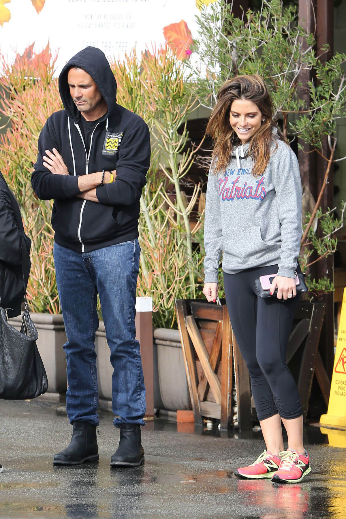 Maria Menounos Out for Lunch in Encino