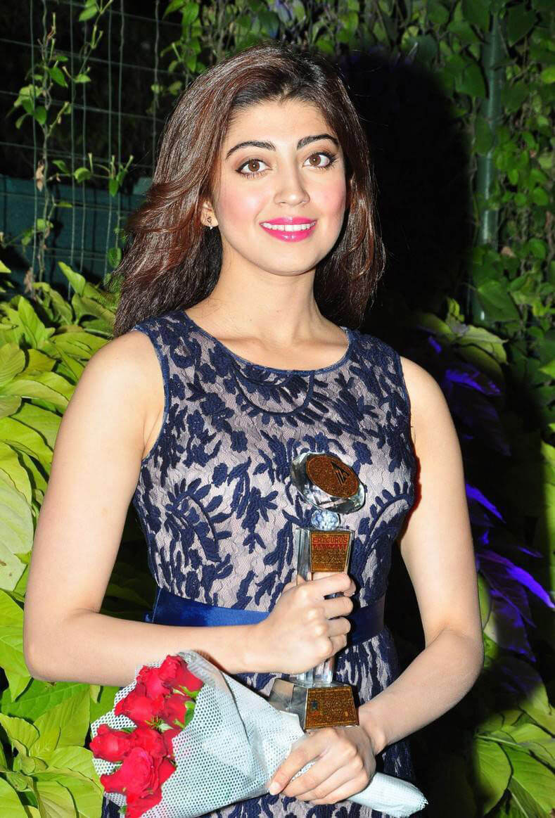 Pranitha at 9th Edition Epicurus Indian Hospitality Awards 2016
