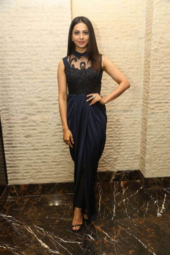 Rakul Preet Singh at Dhruva Movie Thanks Meet