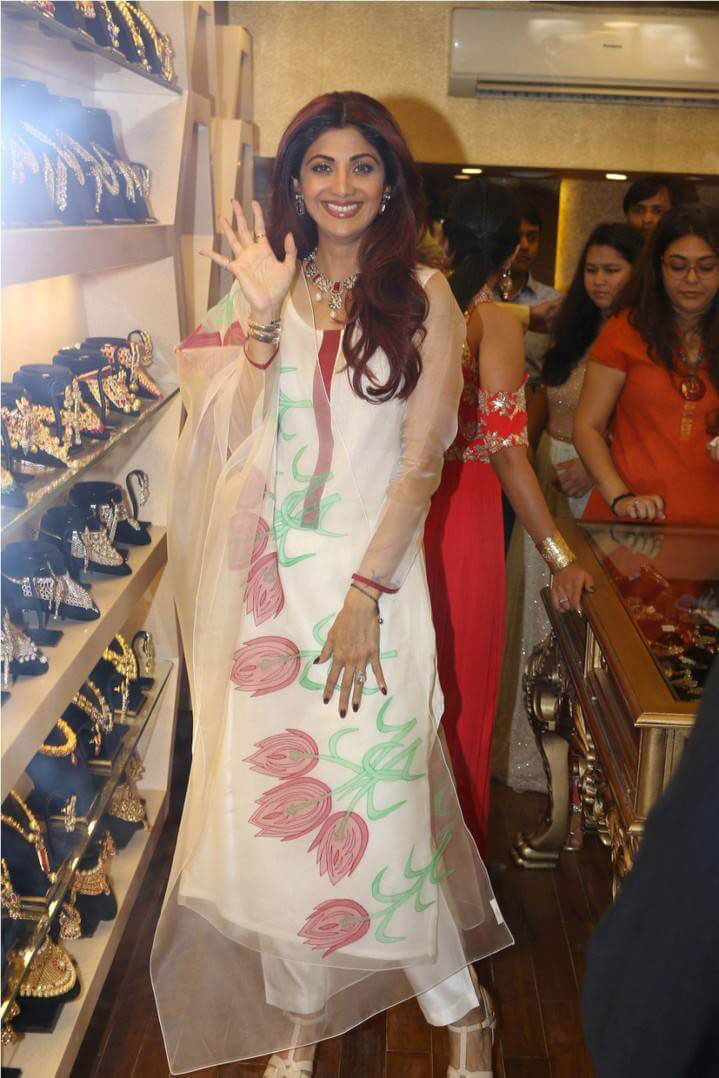 Shilpa Shetty at Jewellery Showroom Inauguration