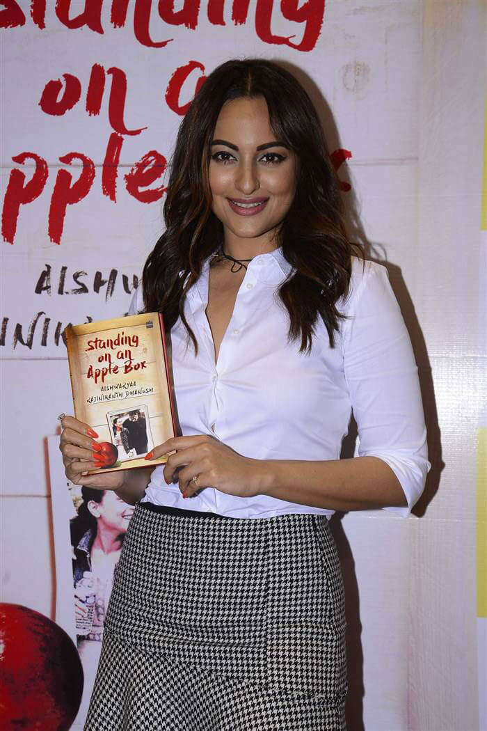 Sonakshi Sinha at Standing on an Apple Box Book Launch