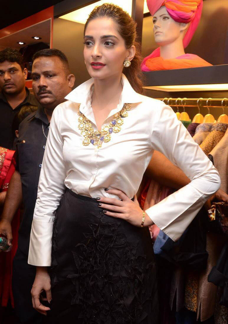 Sonam Kapoor at Raghavendra Rathore Store Launch