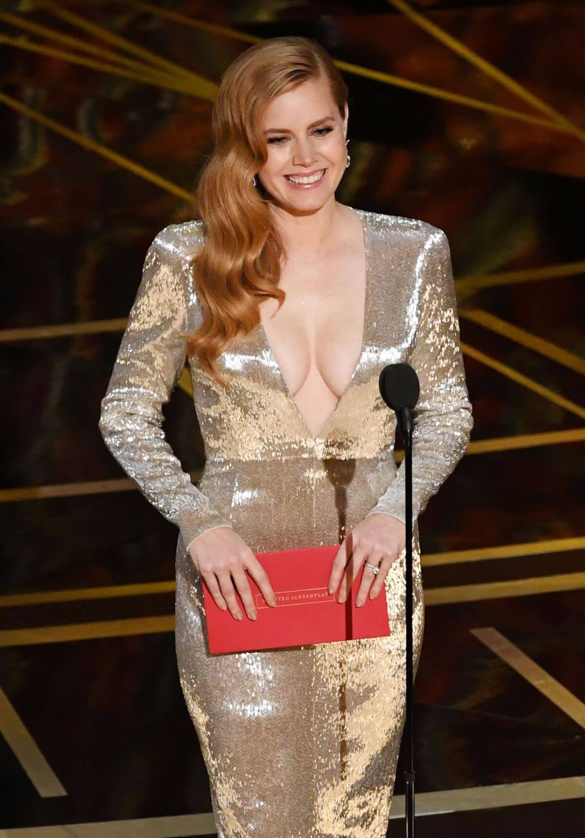 Amy Adams Stills at 89th Annual Academy Awards in Hollywood