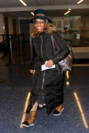 Anika Noni Rose at Lax Airport in Los Angeles