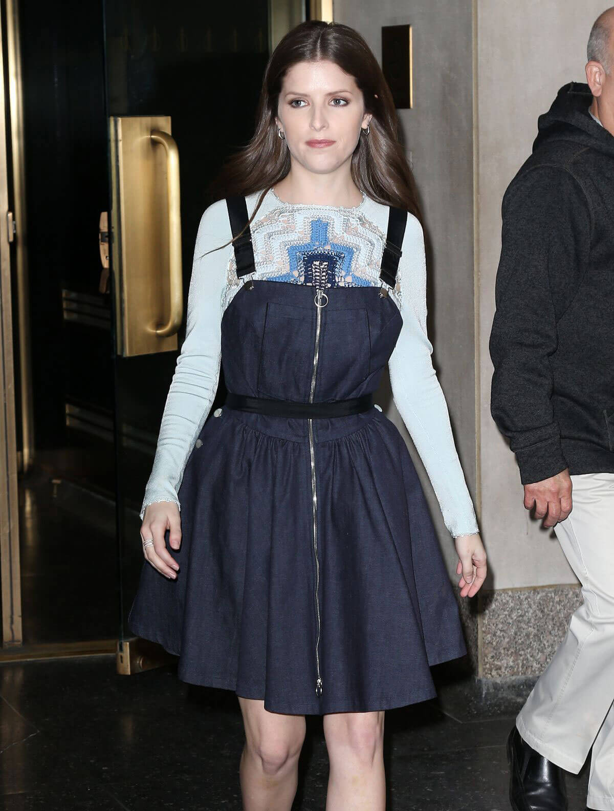 Anna Kendrick Stills Leaves Today Show in New York