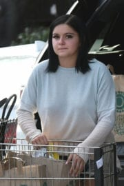 Ariel Winter Out for Shopping at Whole Foods in Los Angeles