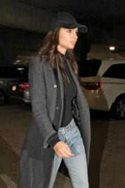 Emily Ratajkowski Stills at Los Angeles International Airport