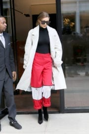 Gigi Hadid Leaves Her Apartment in New York